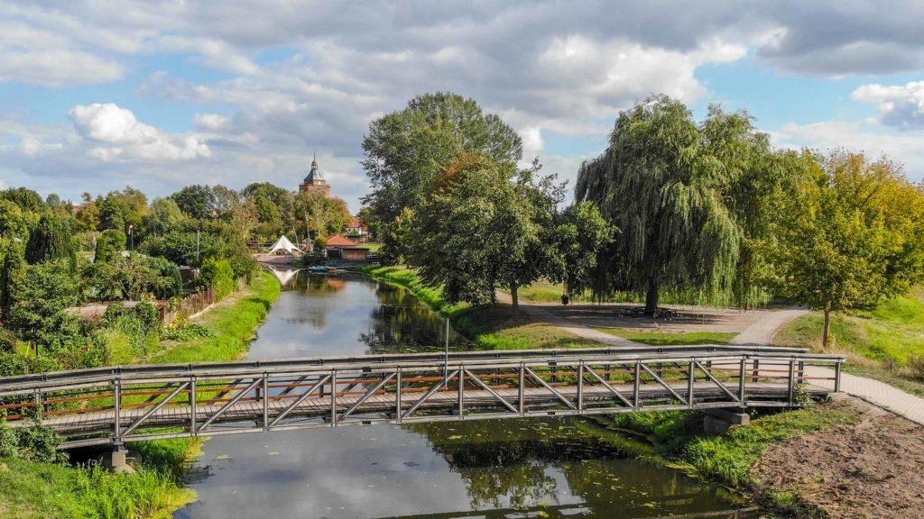 Die Stadt Osterburg liegt am Fluss Biese