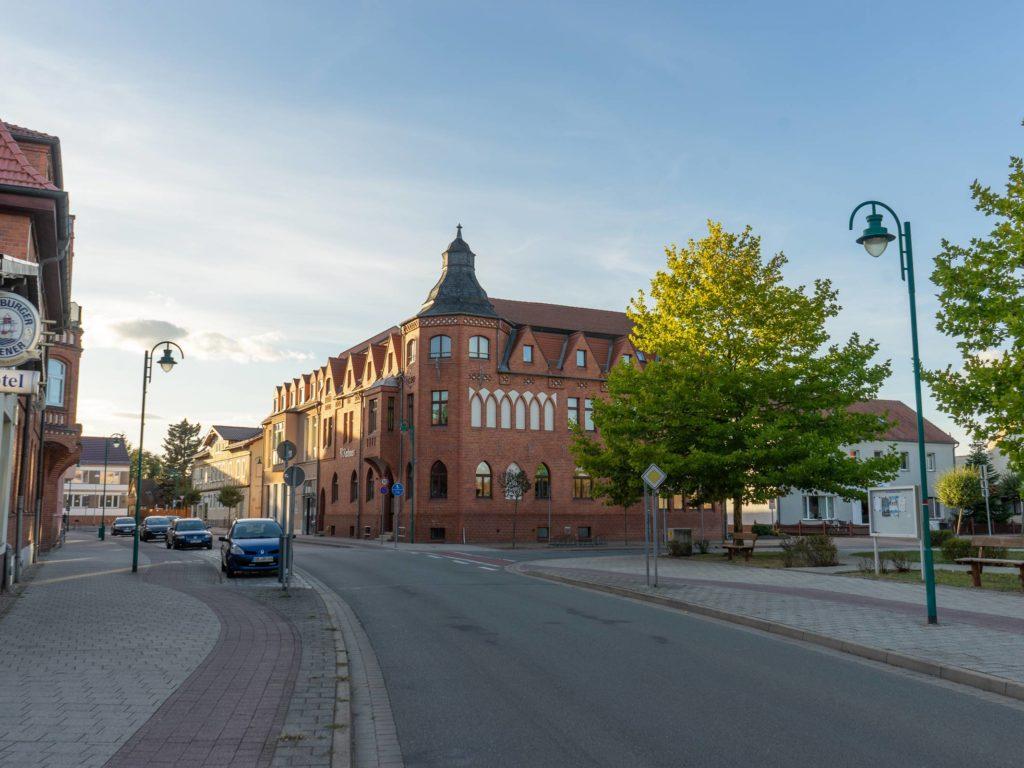 Innenstadt und Rathaus Tangerhütte