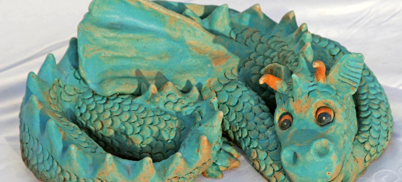 Keramikdrache aus der Drachentöpferei